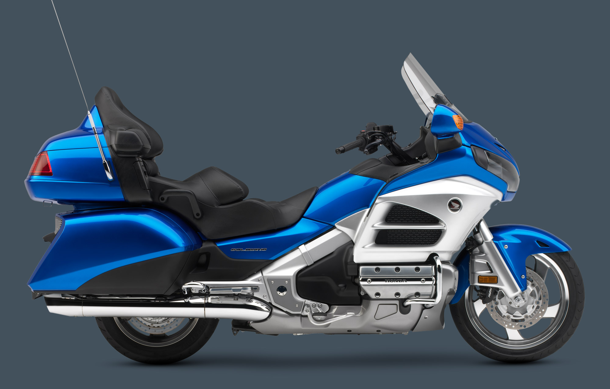 GoldWing_2012_UltraBlueMetallic